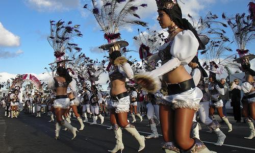 Carnavales 2013 en Lanzarote: ofertas en Playa Blanca