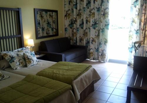 Hotel Caribe Port Aventura Habitacion