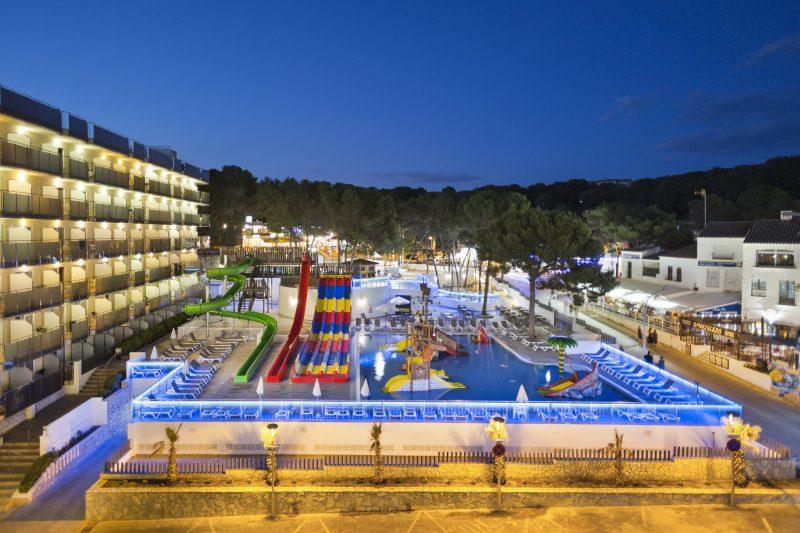 El hotel Best Cap Salou estrena Parque Acuático
