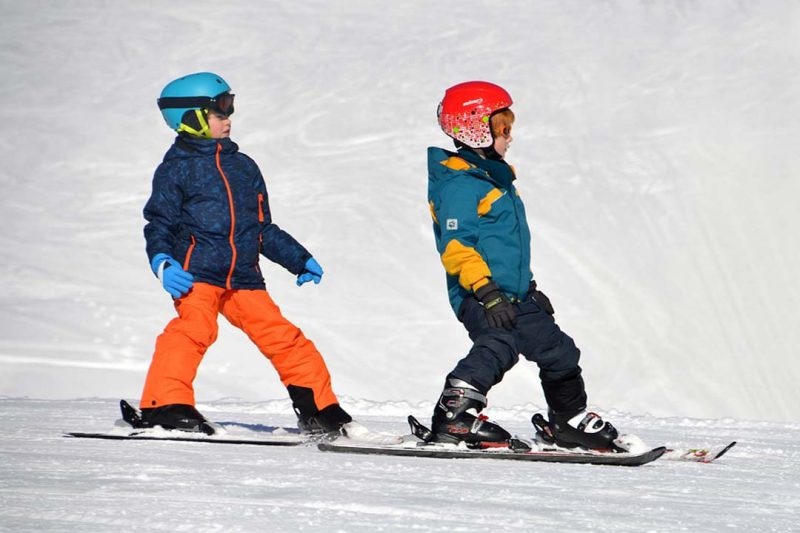 Tres estaciones perfectas para iniciarte a esquiar