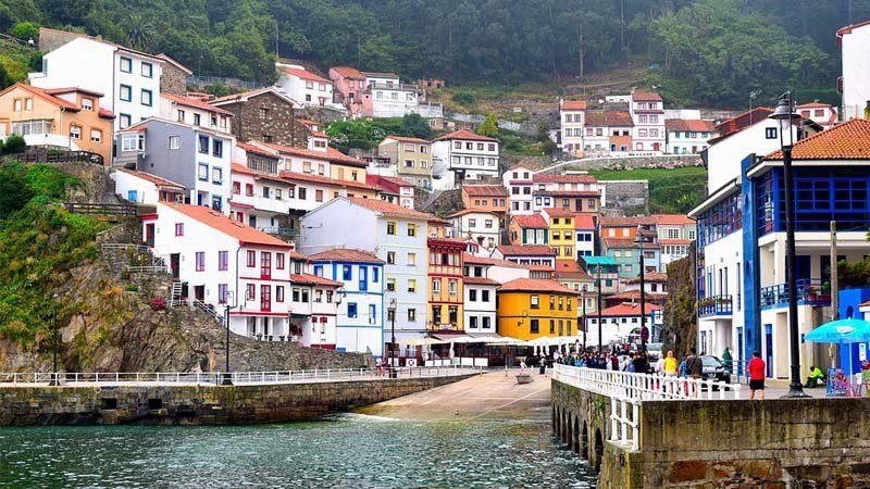 Visita los pueblos con más encanto de España