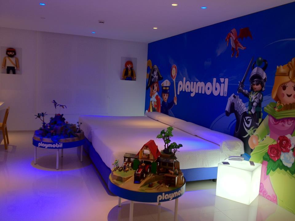 Hotel escapada playmobil hotel del juguete for Hoteles familiares alicante