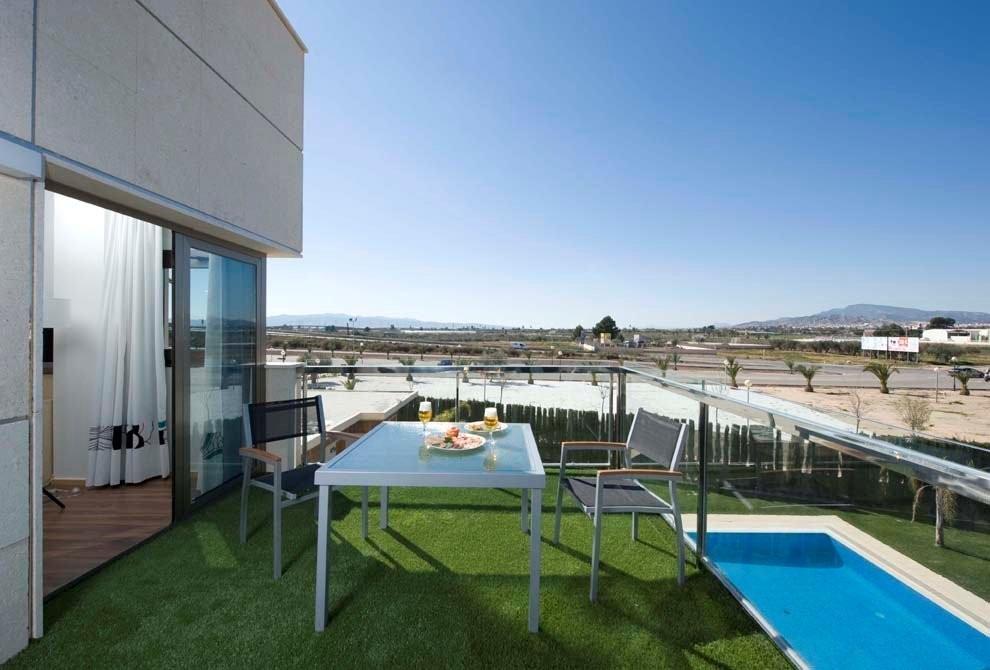 Hotel escapada semana santa hotel executive sport for Pediluvio piscina