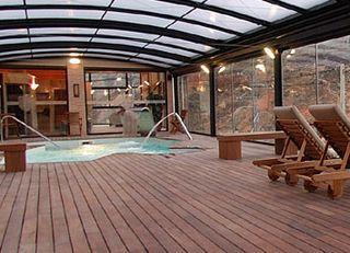 Hotel hotel don iigo de aragon teruel espaa for Piscina climatizada teruel
