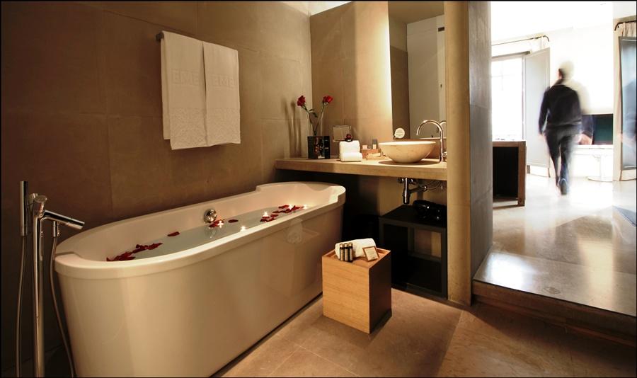 Hotel eme fusion estudios sevilla ciudad sevilla - Mejor spa sevilla ...