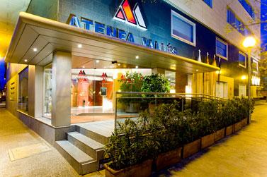 Hotel aparthotel atenea valles barcelona ciudad barcelona for Wok cuatro cocinas granollers