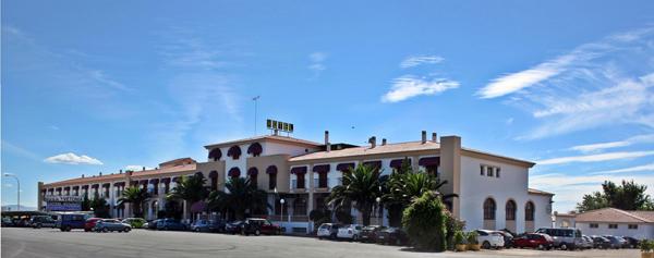 Hotel acosta vetonia almendralejo badajoz for Hoteles en badajoz con piscina