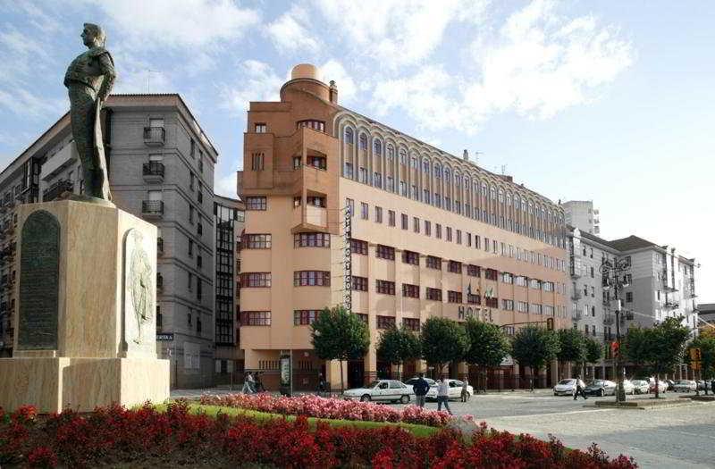 Apartamentos leo jardines de isla canela huelva ciudad for Jardines isla canela