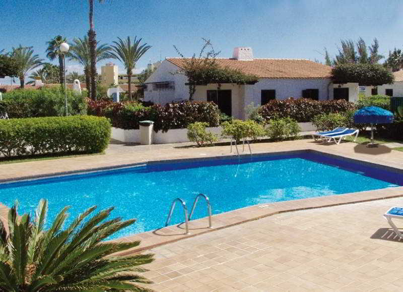 Apartamentos bungallows las tartanas 3 playa del ingles for Bungalows jardin del sol gran canaria
