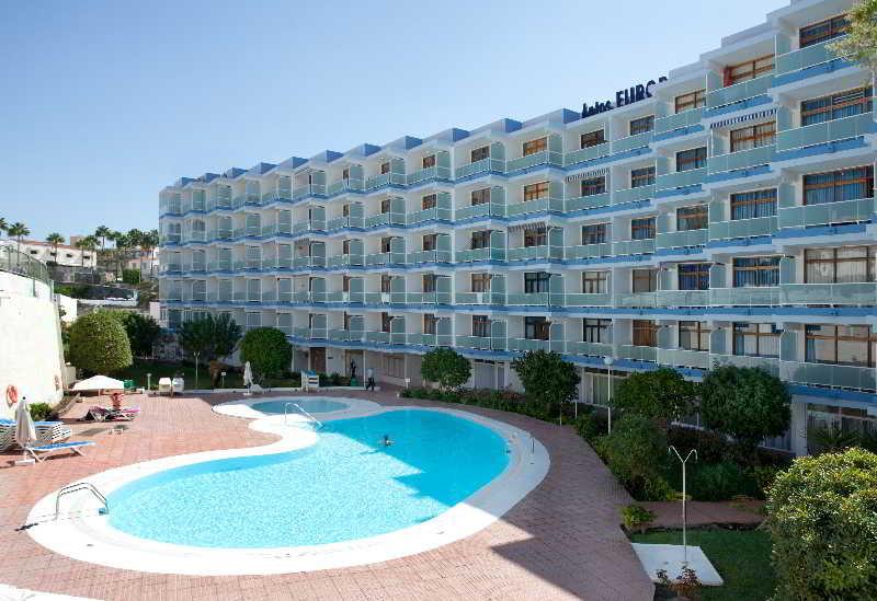 Apartamentos bungalows betancuria playa del ingles gran canaria - Tumbonas gran canaria ...