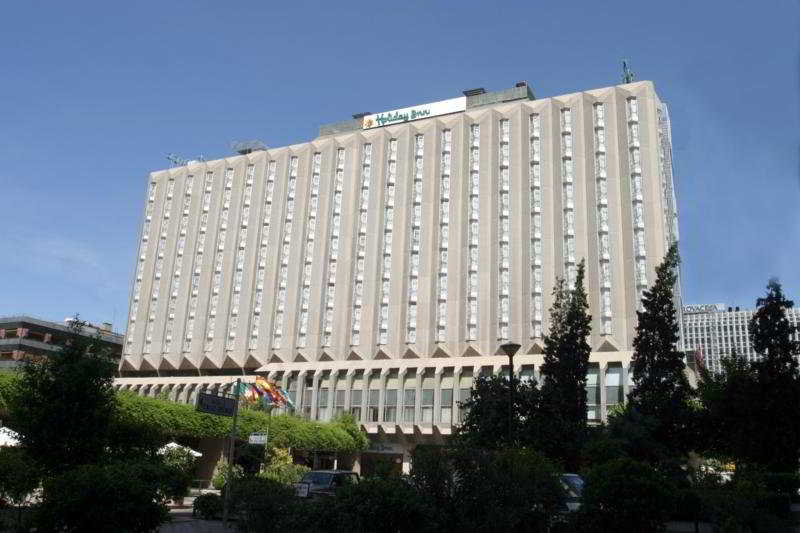 hotel holiday inn madrid bernabeu