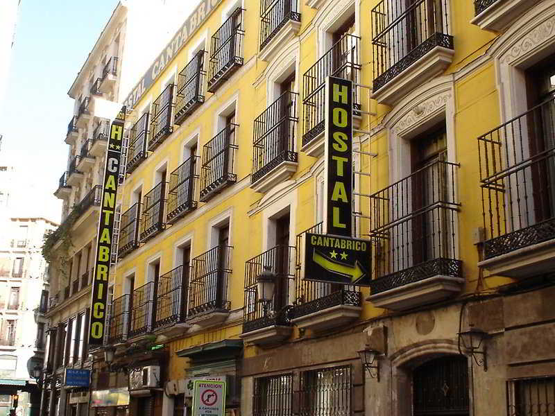hotel hostal equity point madrid