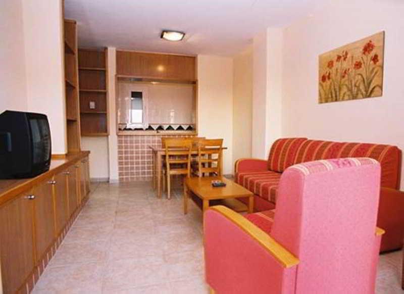 Apartamentos golf center roquetas de mar almeria - Apartamentos almeria ...
