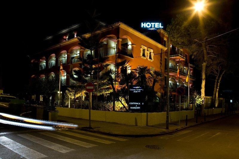 HOTEL CANAL OLIMPIC Castelldefels - Barcelona