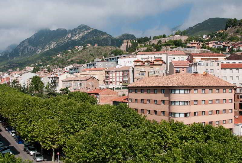 Hotel hcc ciutat de berga bergada pirineo catalan - Hotel en pirineo catalan ...