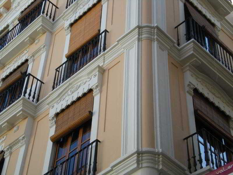 viviendas living valencia apartments-edificio merced