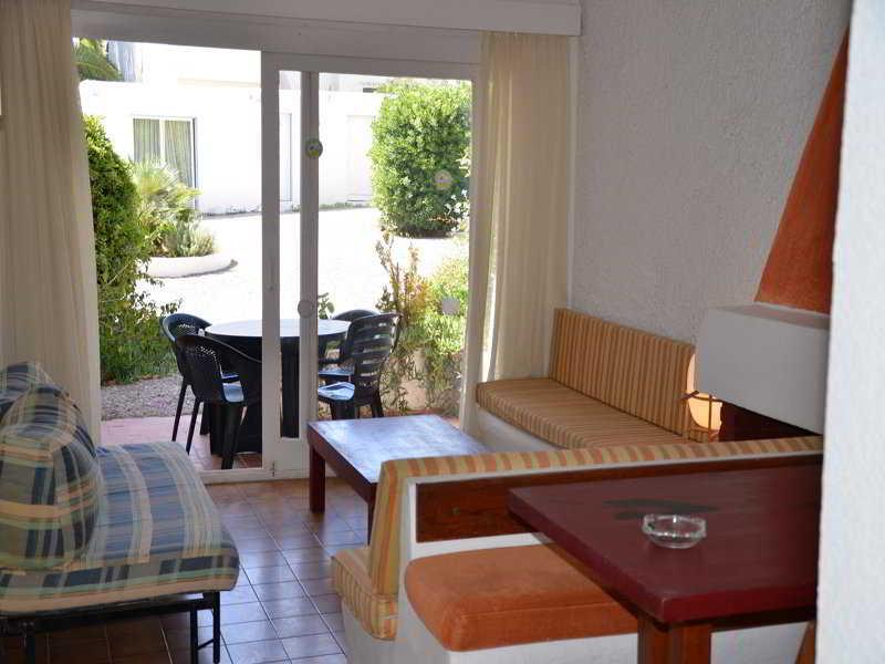 Apartamentos atlas y park santa eulalia ibiza - Apartamentos santa eulalia ibiza ...