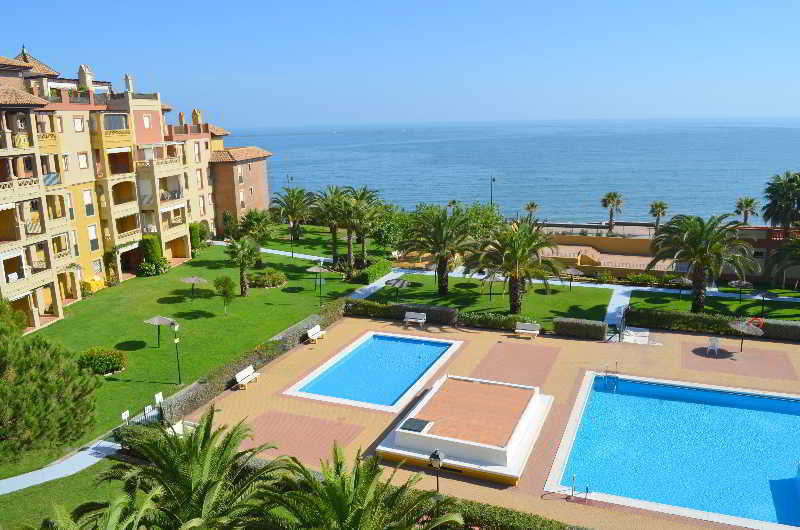 Apartamentos leo alcaudon alcaravan isla canela ayamonte for O2 piscina sevilla