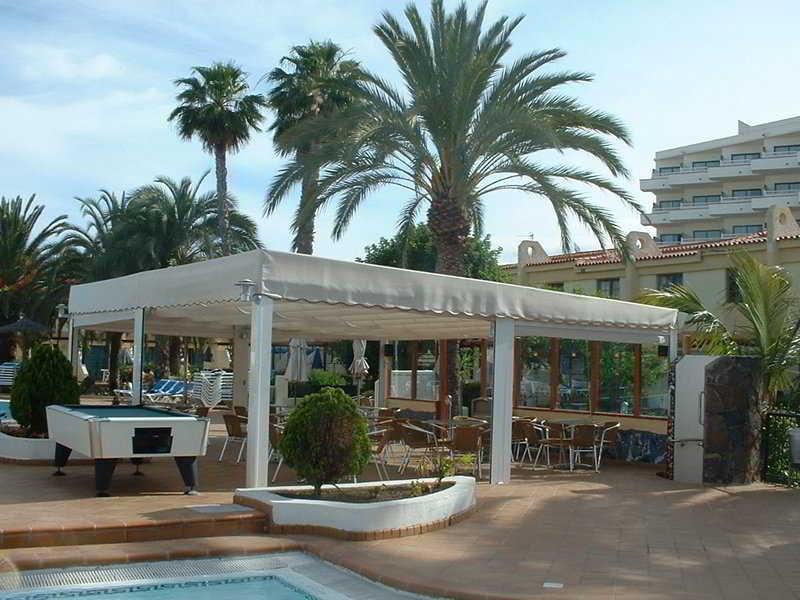 Apartamentos bungalows jardin del sol playa del ingles for Apartamentos jardin playa larga tarragona