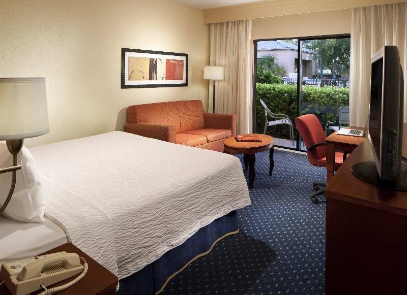 Hotel Courtyard By Marriott Miami Airport West Foto 3