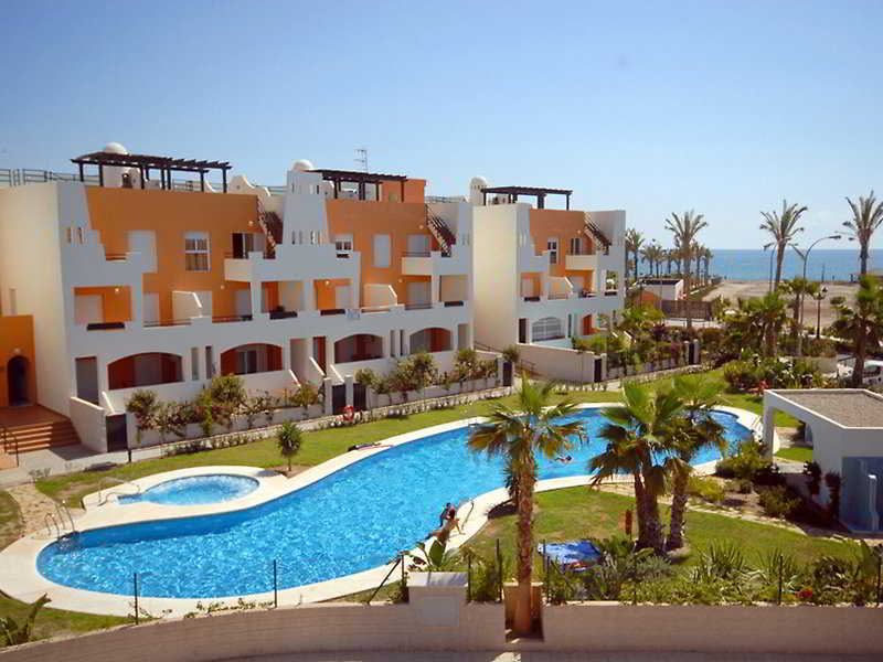 Apartamentos paraiso playa apartamentos vera almeria - Apartamentos argar almeria ...