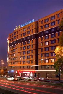 Hotel novotel suites paris porte de la chapelle arr18 montmartre sacr coeur paris - Stade porte de la chapelle ...