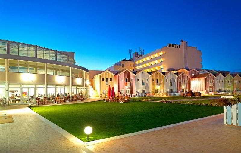 hotel cristal praia resort spa vieira de leiria centro portugal. Black Bedroom Furniture Sets. Home Design Ideas