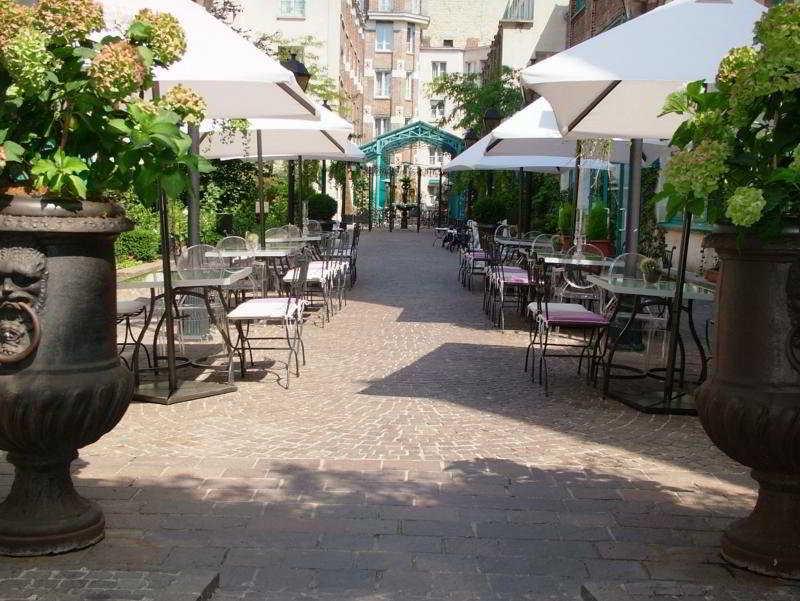 hotel les jardins du marais arr10 11 gare du nord r publique paris. Black Bedroom Furniture Sets. Home Design Ideas