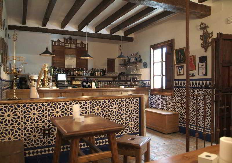 Hotel hacienda minerva zuheros cordoba - Como decorar una bodega rustica ...