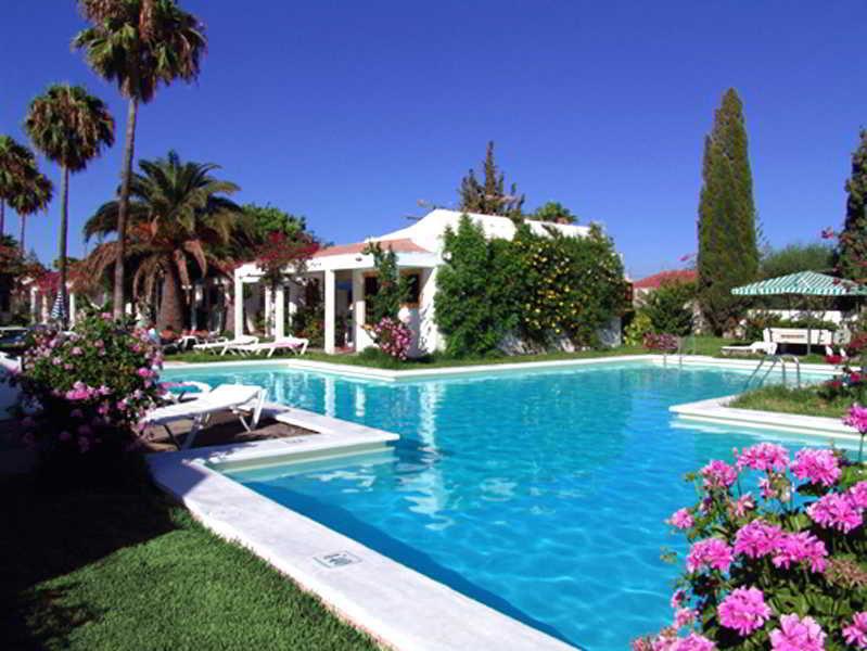 Hotel club primavera playa del ingles gran canaria for Bungalows jardin del sol gran canaria