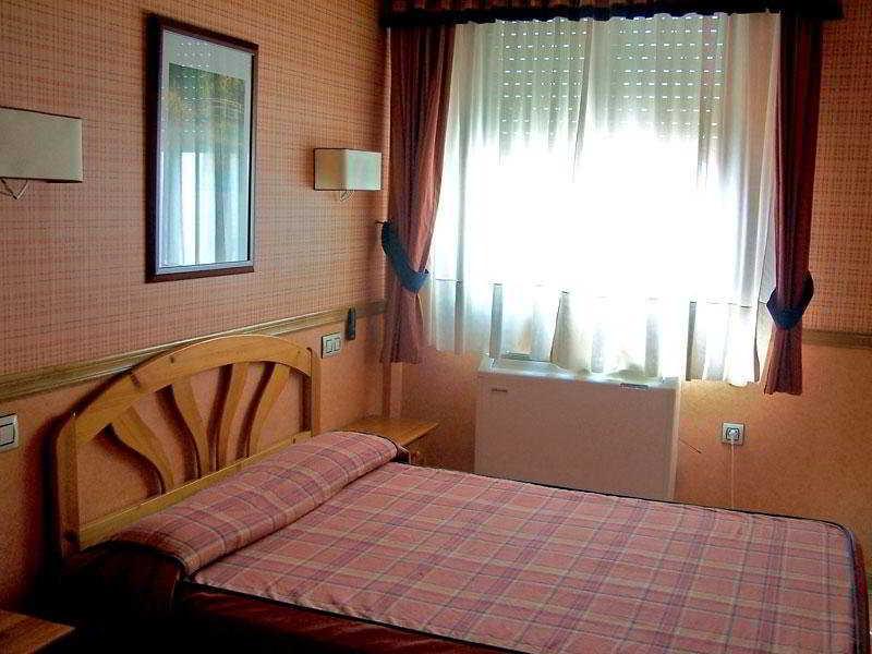 Hotel casa lorenzo albacete espa a - Hotel casa espana villaviciosa ...