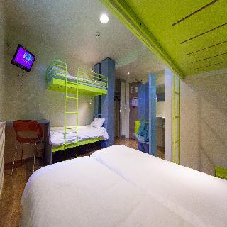 hotel du futuroscope hotel futuroscope poitiers. Black Bedroom Furniture Sets. Home Design Ideas
