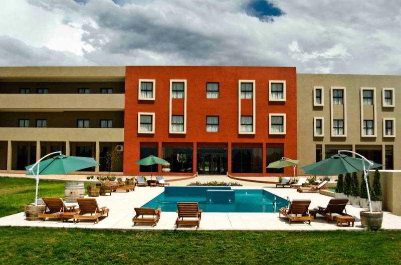 hotel y casino fuente mayor