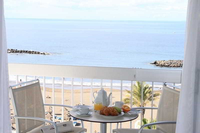 Apartamentos palm beach club playa de las americas tenerife - Apartamentos baratos playa de las americas ...