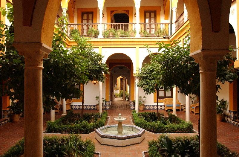 Hotel casa imperial sevilla ciudad sevilla for Hotel calle sevilla madrid