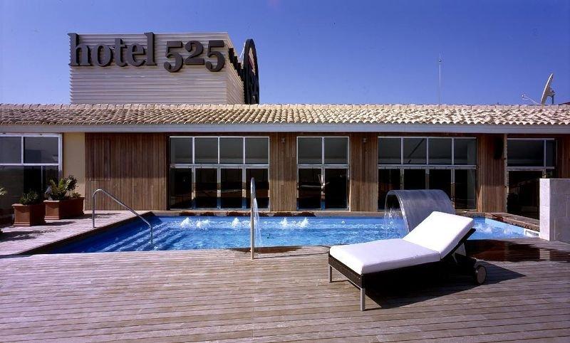 Hotel 525 los alcazares murcia for Piscina los alcazares