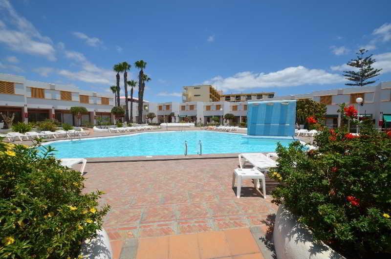 Apartamentos alegranza ii playa del ingles gran canaria - Tumbonas gran canaria ...