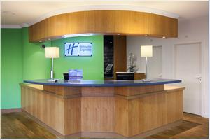 hotel express holiday inn tres cantos